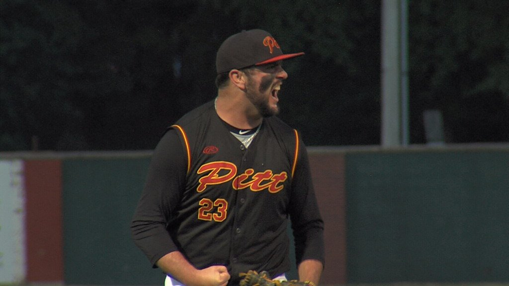 Pitt State knocks off #1 seed in NCBA DII World Series