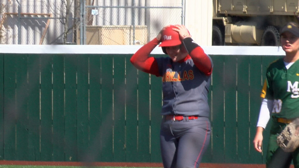 Washburn sweeps DH from Gorillas