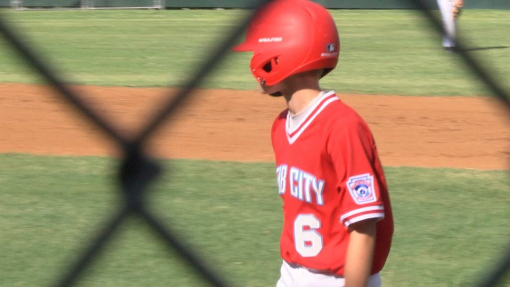 Webb City tops Pittsburg, advances in Midwest Regional