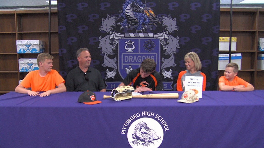 Wiemers (Pittsburg HS) signs to Neosho CC baseball