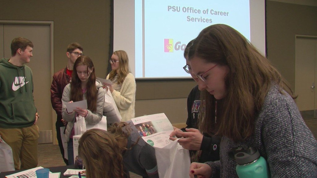 students at career opportunities day