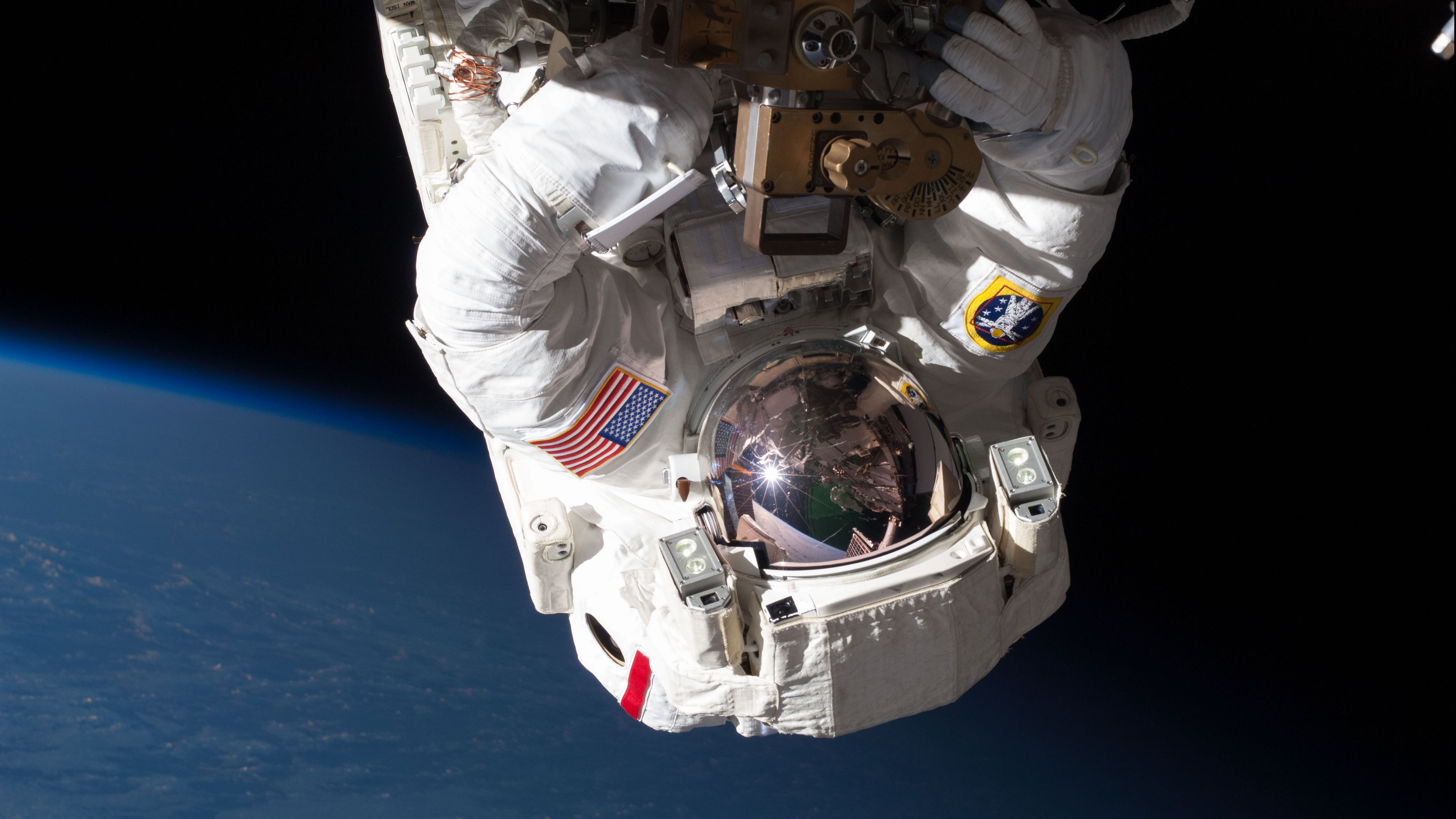 Doctors on Earth treated an astronaut's blood clot in space