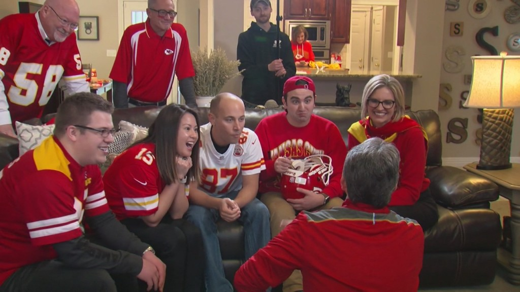 KOAM crew wearing Chiefs gear