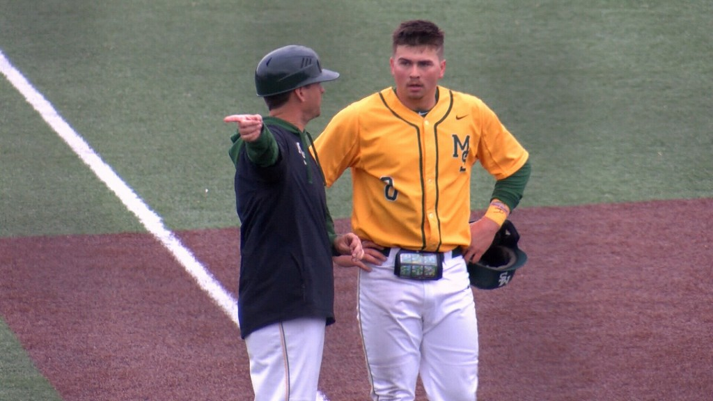 Missouri Southern hammers Saint Cloud State 13-7 in 7 innings.