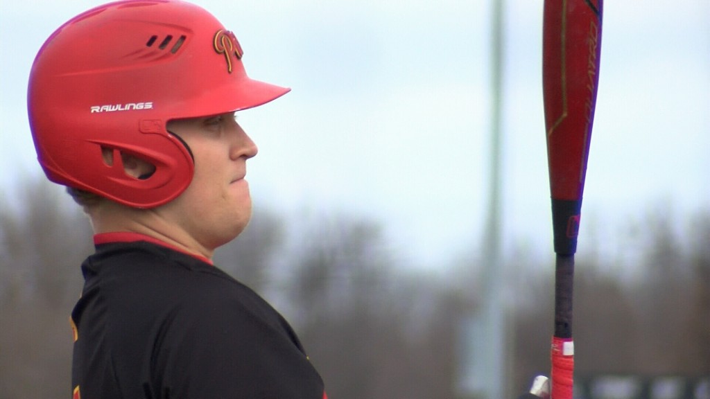Pitt State beats Fort Hays in series finale 9-3 Sunday.