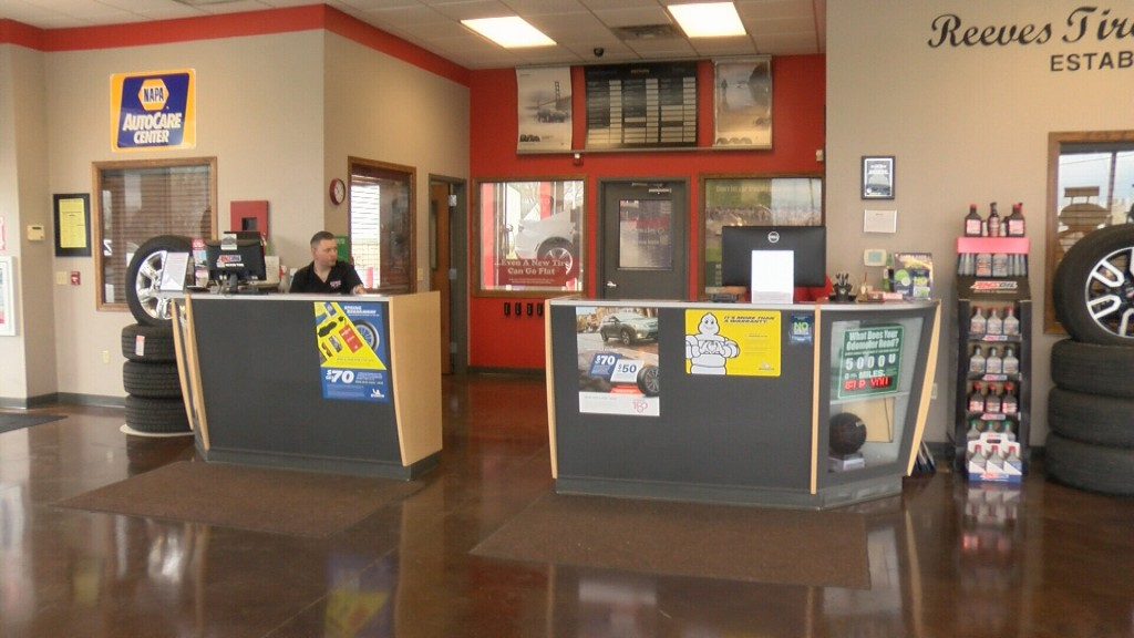 Reeves Tire and Auto stays open
