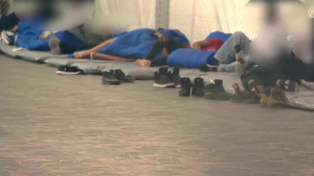 Inside new Border Patrol tent facility for migrants in Texas