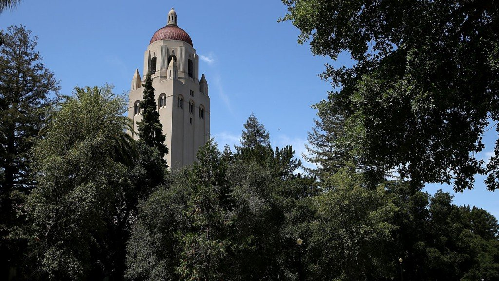 Stanford students file lawsuit over college admissions scandal