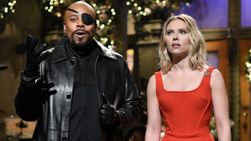 Scarlett Johansson rescues 'SNL' cast from Thanos