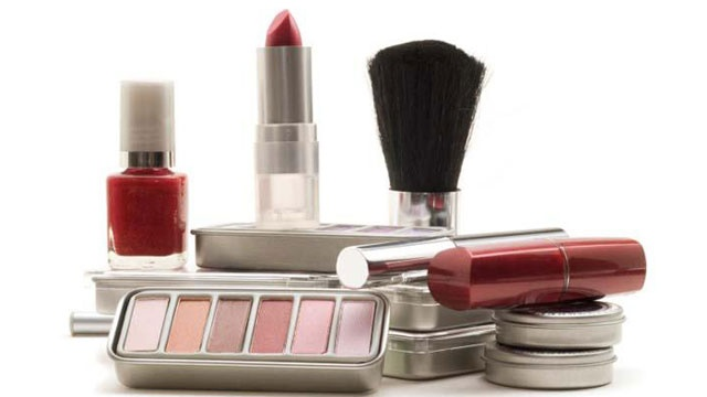 Study links common chemical in cosmetics, toothpaste to osteoporosis