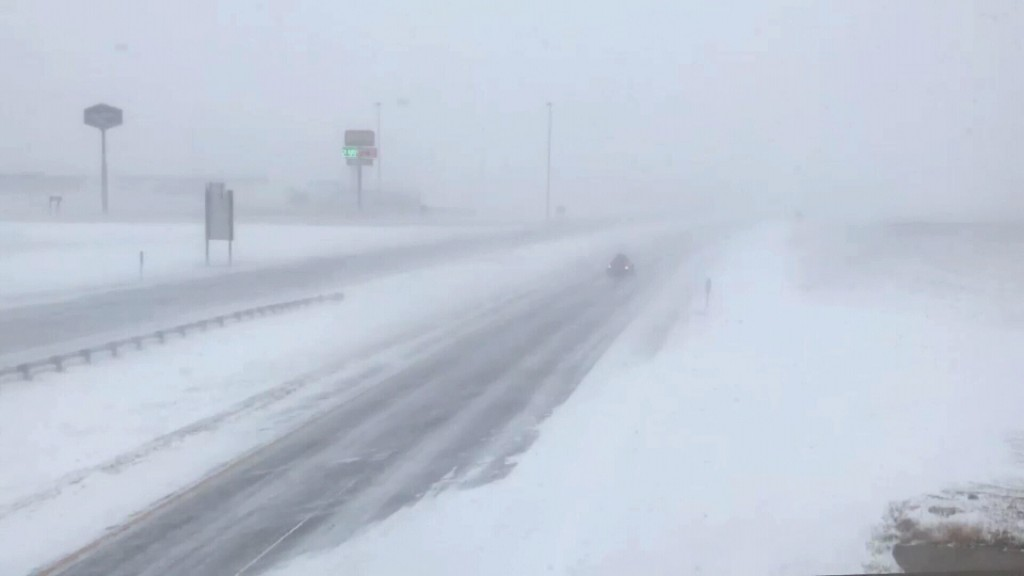 The Latest: I70 reopened in western Kansas as storm hits