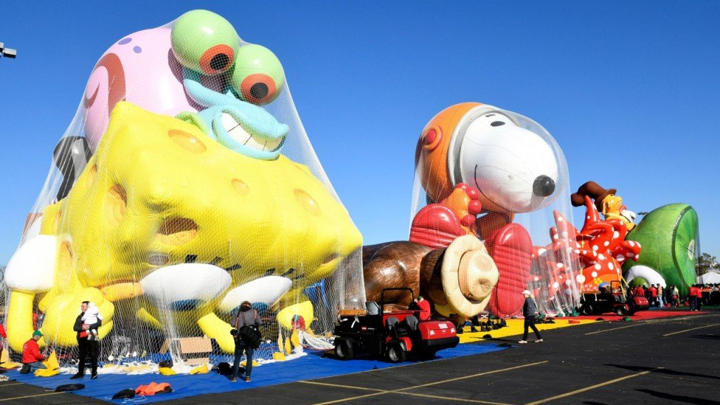 Heavy winds may ground Macy's Thanksgiving Day Parade balloons