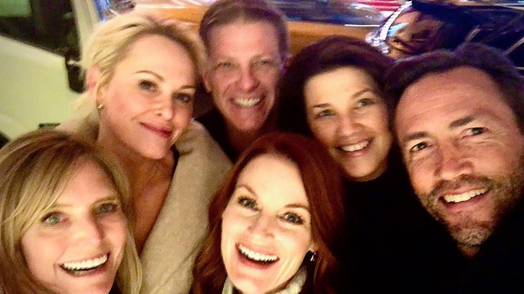 'Melrose Place' cast reunited for dinner