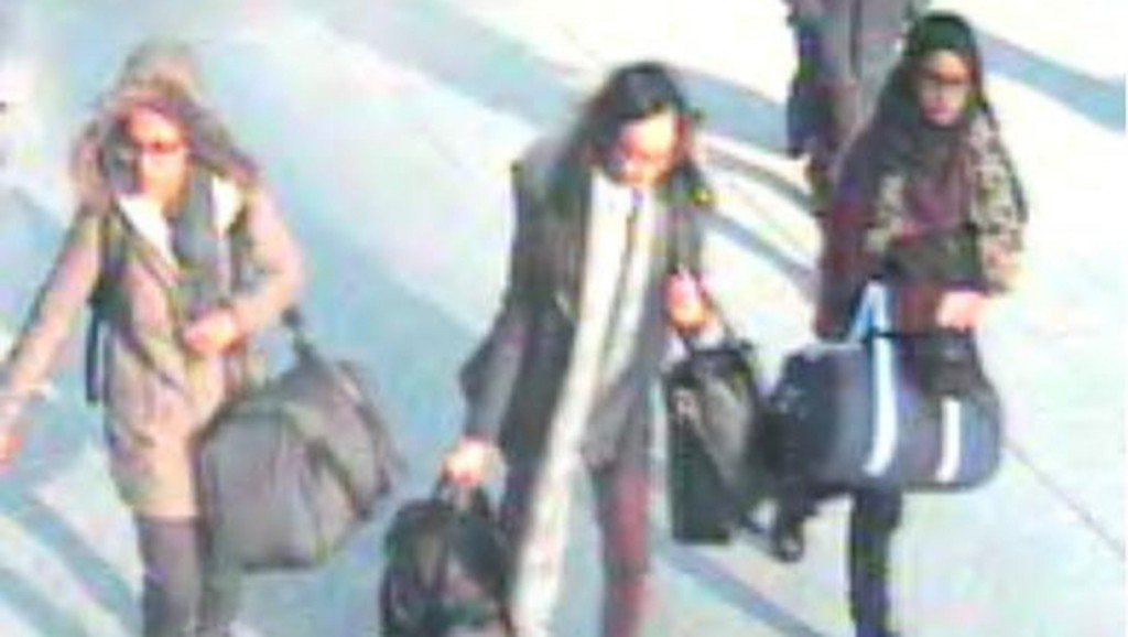 Pregnant ISIS bride wants to return to UK