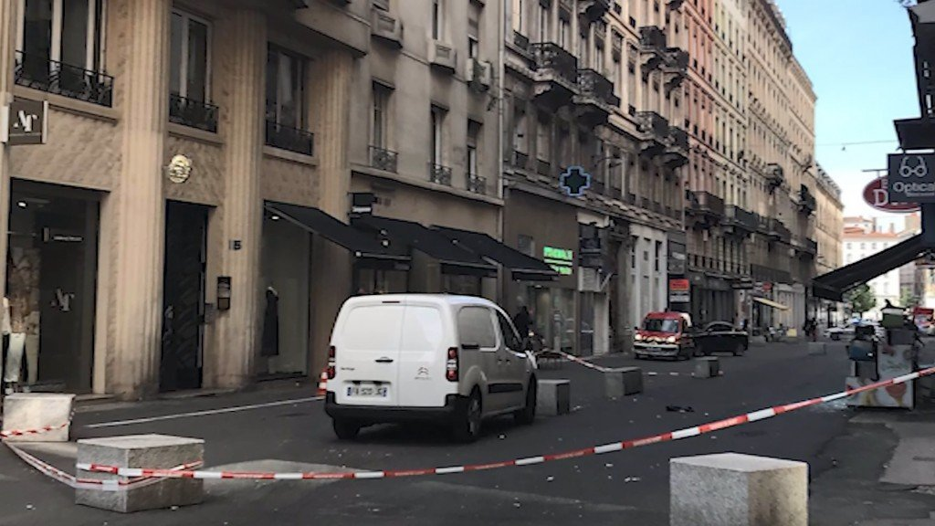 Explosion in Lyon, France, prompts terror investigation