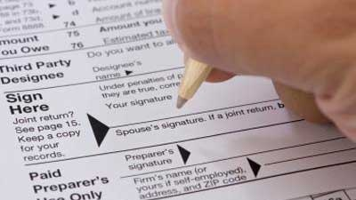 12 most common tax scams