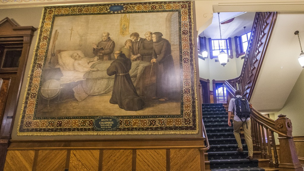 Notre Dame to cover Christopher Columbus murals