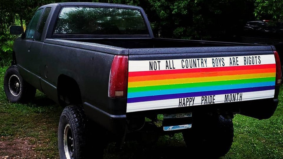 Message of acceptance from rural Oklahoma touches people around the world