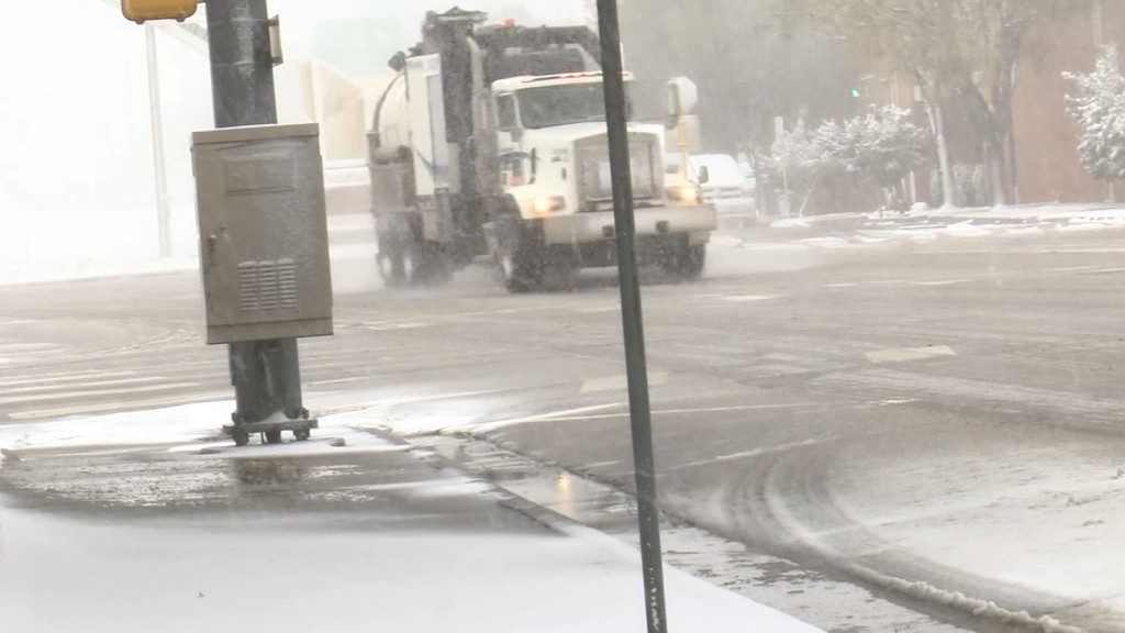 Rare October snow blankets Texas streets