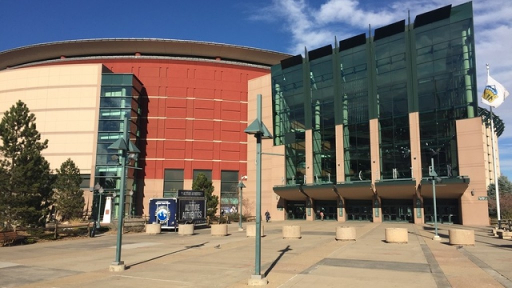 Muslim woman told to remove hijab before entering Denver sports arena