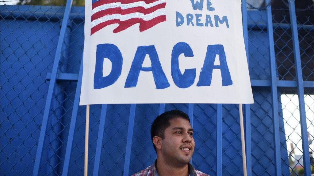 DACA: Appeals court weighs Trump administration's authority