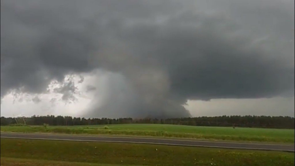 Destructive tornadoes carving deadly toll in Dixie Alley