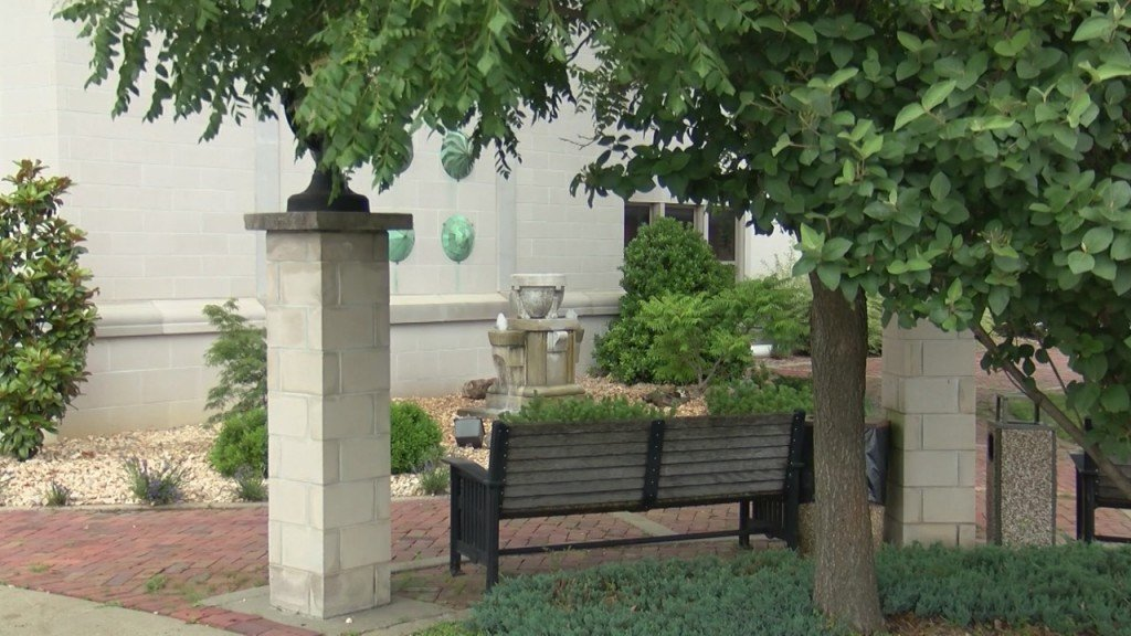 Pittsburg Library Fountain Returns