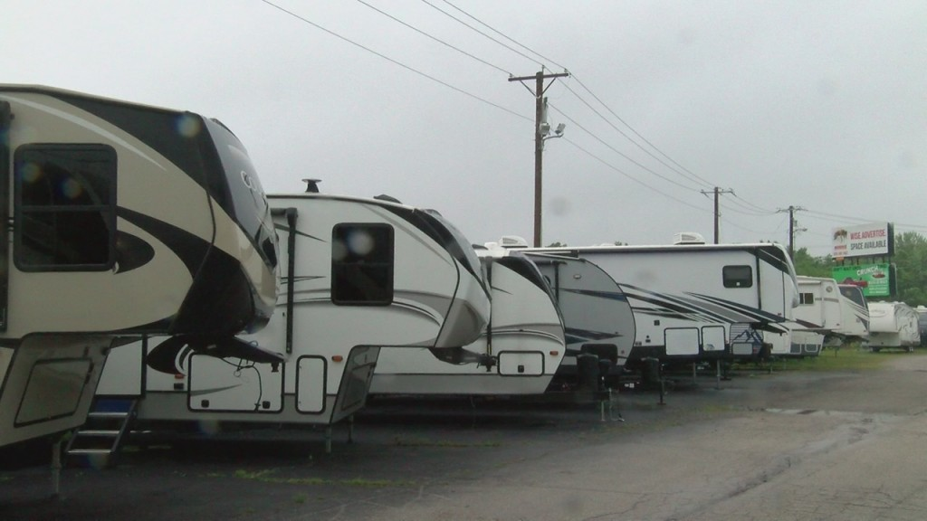 Rv's & Campers 5 28