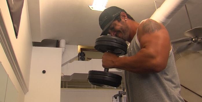 Miami Resident Josh Grant Working Out On The First Day That Gyms Can Reopen