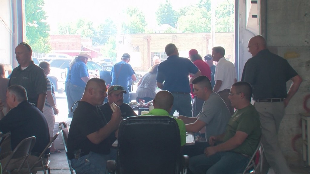 A Group In Neosho Offered First Responders A Free Lunch