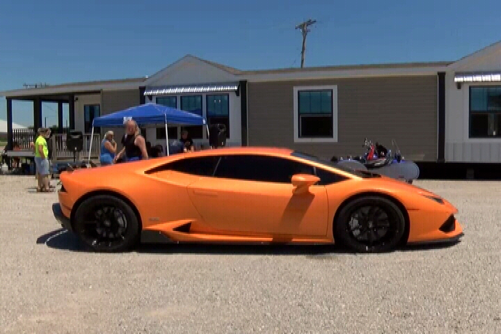 Grill And Chill Car Show In Pittsburg