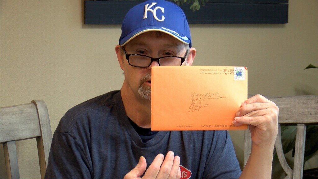 Steve Edwards Shows Off His Mail From Friends
