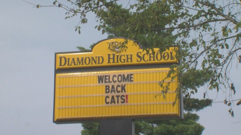 Diamond High School Moves Into Phase Four, Pushing All Classes Online After A Rise In Coronavirus Cases And Quarantined Contacts