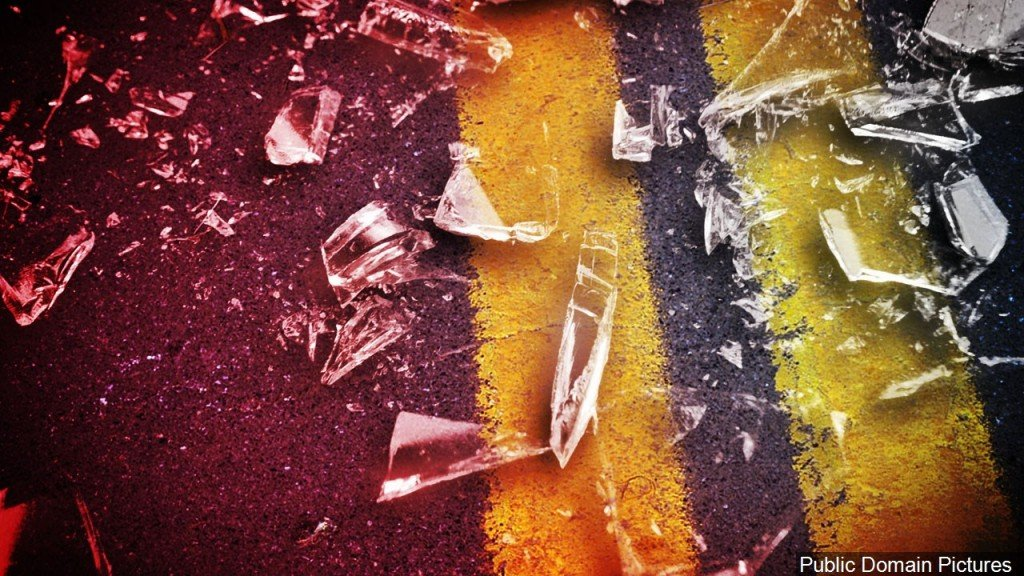 Road, Glass Fatal Crash Graphic, Mgn Image