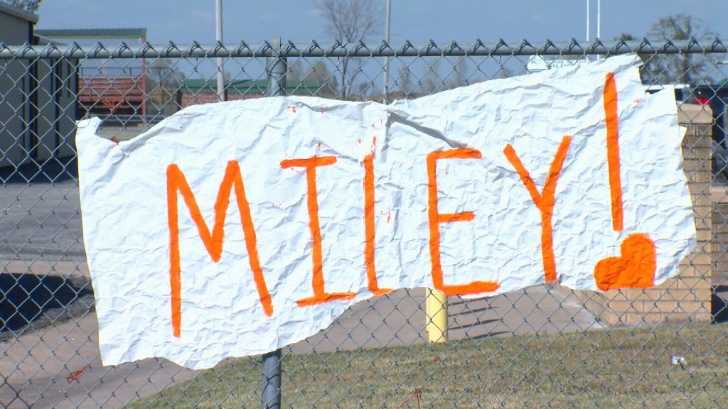 A sign to show support for Miley