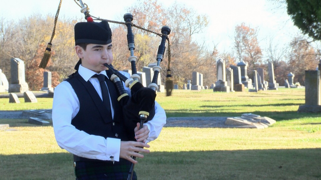 13 Year Old Plays Bagpipes For Veterans