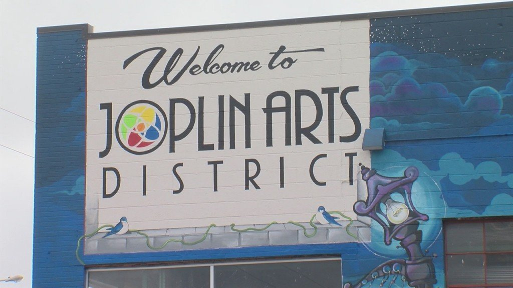 Joplin Adds New Mural At The Entrance Of The Art District