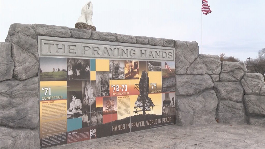 Mural For The Praying Hands Statue