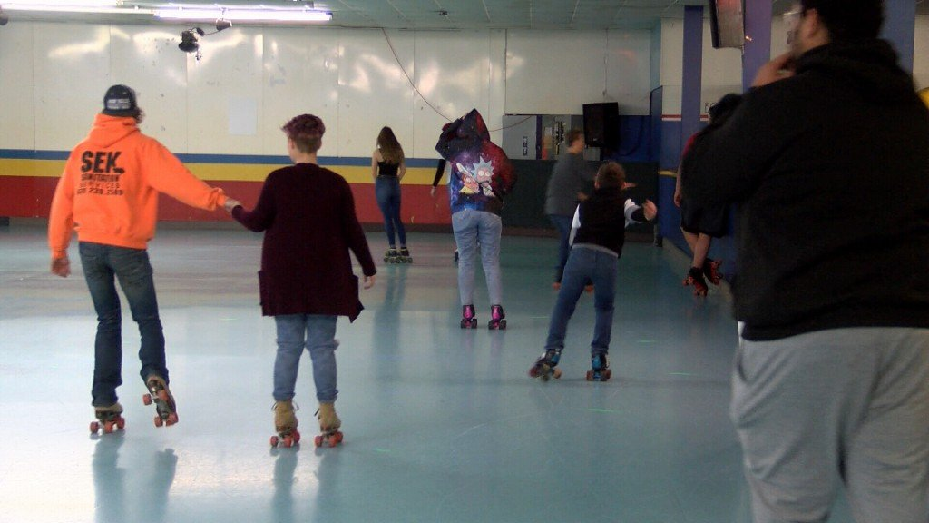 Kids Roller Skate In At The Rink In Carl Junction