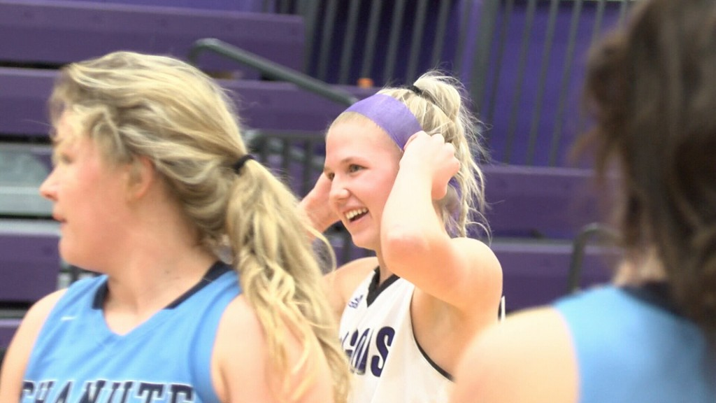 Petty Reaches 1,000 Career Points In Pittsburg's Win Over Chanute