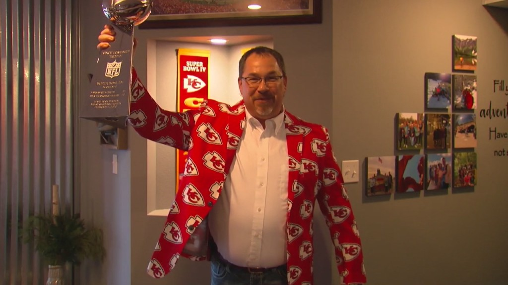 A Webb City Man Takes His Love For The Chiefs To New Heights