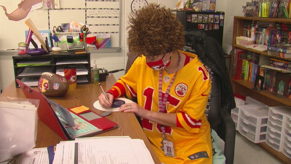 Four Staters Are Finding A Reason To Show Off Their Chiefs' Pride Every Day This Week