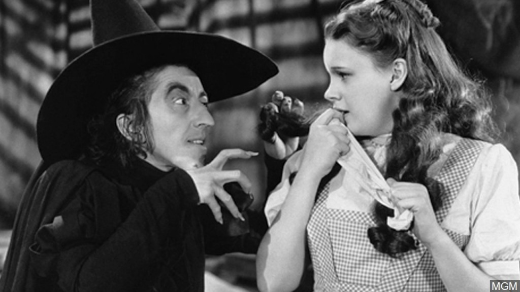 Scene From The 1939 Wizard Of Oz Mgn 1280x720 90328p00 Znuzl