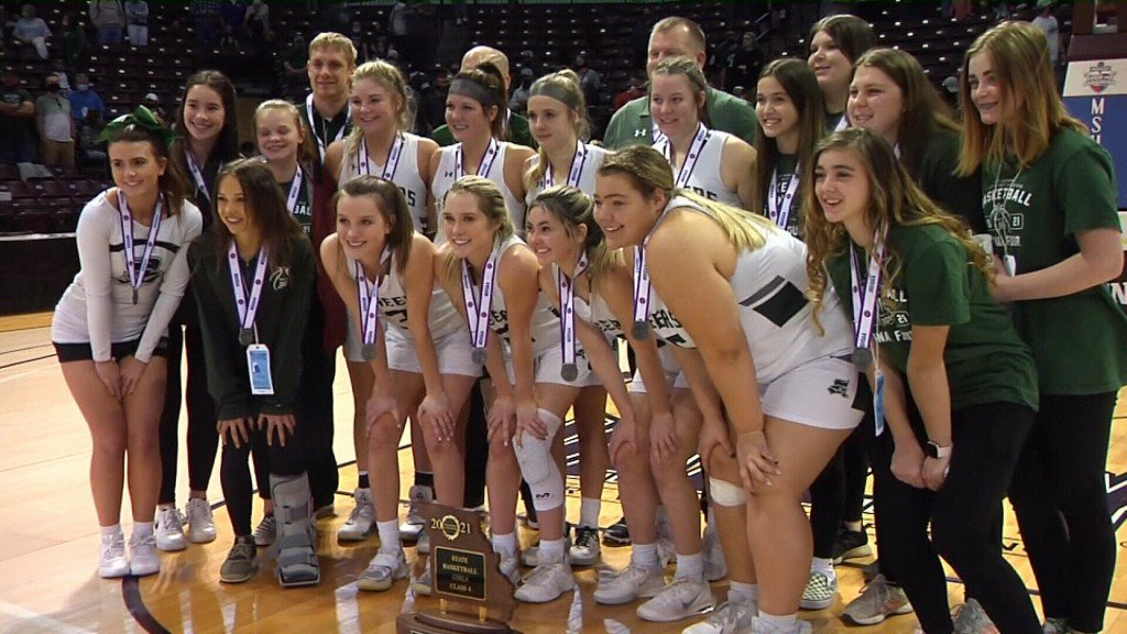 Mt. Vernon Falls To Boonville, Finishes Season As State Runner Up