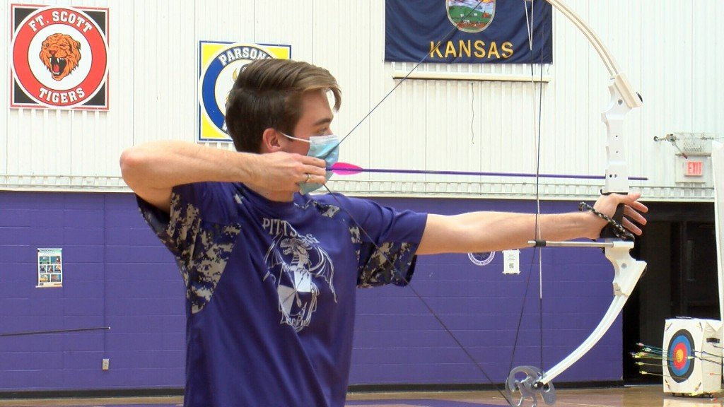 Pair Of Pittsburg Archers Win Sek Regional Tournament