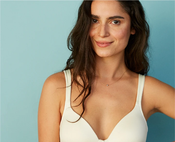 "Meet The World's First ""clean"" Bra"