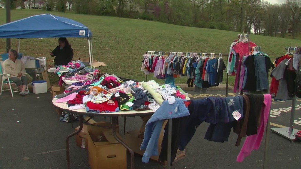 Neosho Hosts A City Wide Garage Sale After Its Cancellation Last Year.