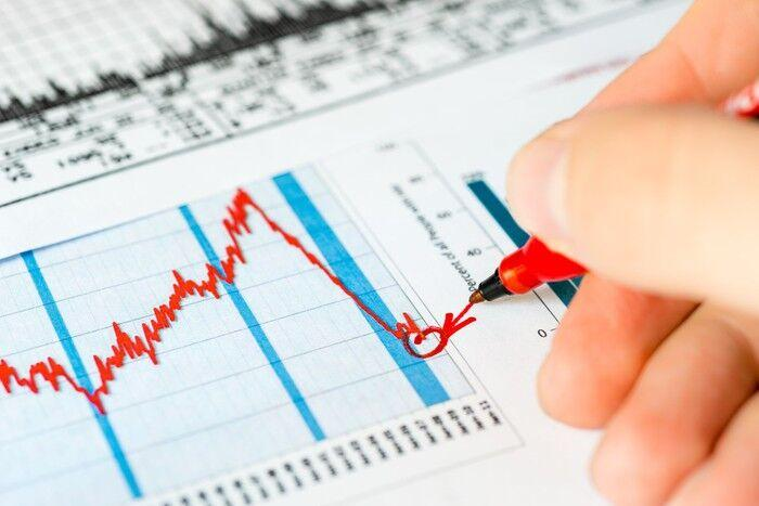 A Stock Market Crash May Be Close: 4 Must Know Metrics That'll Make You A Smarter Investor