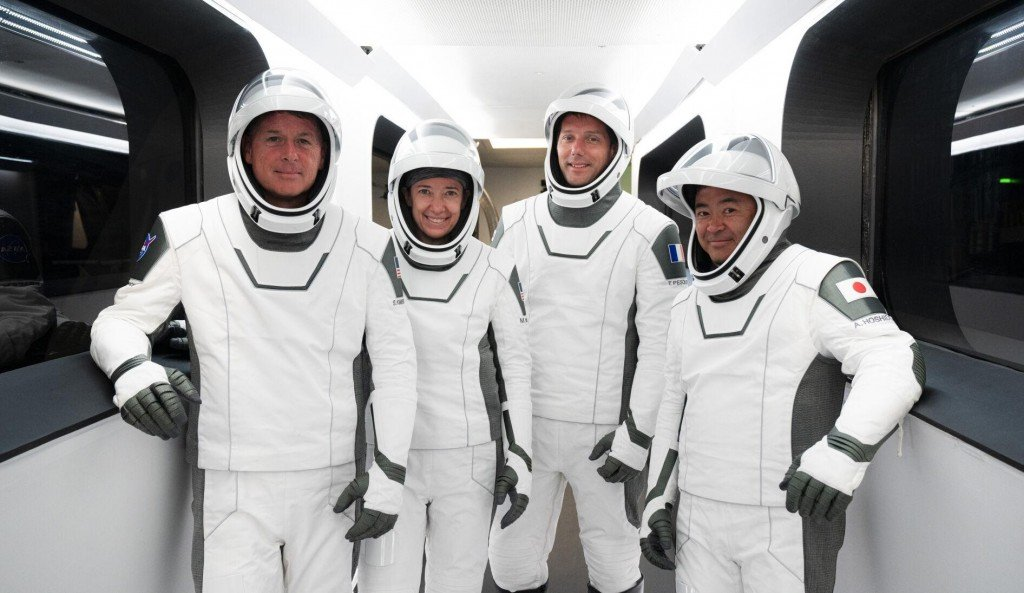Astronauts Flying Reused Spacex Rocket, Capsule For 1st Time