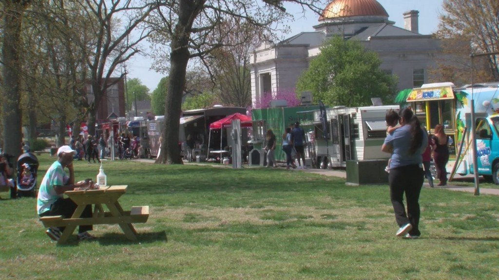 Carthage Hosts It's First Food Truck Friday Of The Season